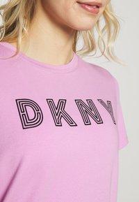 DKNY - TRACK LOGO - Print T-shirt - rosebud - 5