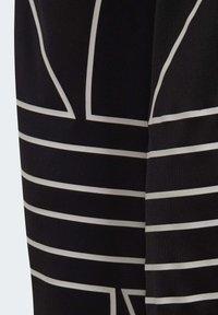 adidas Originals - LARGE TREFOIL TRACKSUIT BOTTOMS - Tracksuit bottoms - black - 6