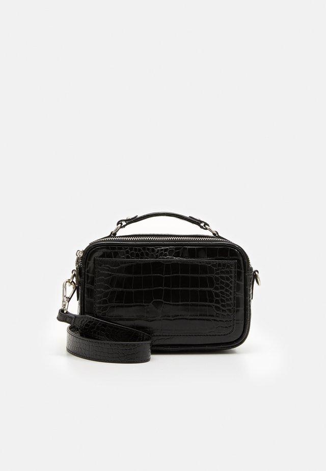 SOLID MARY BAG - Across body bag - black