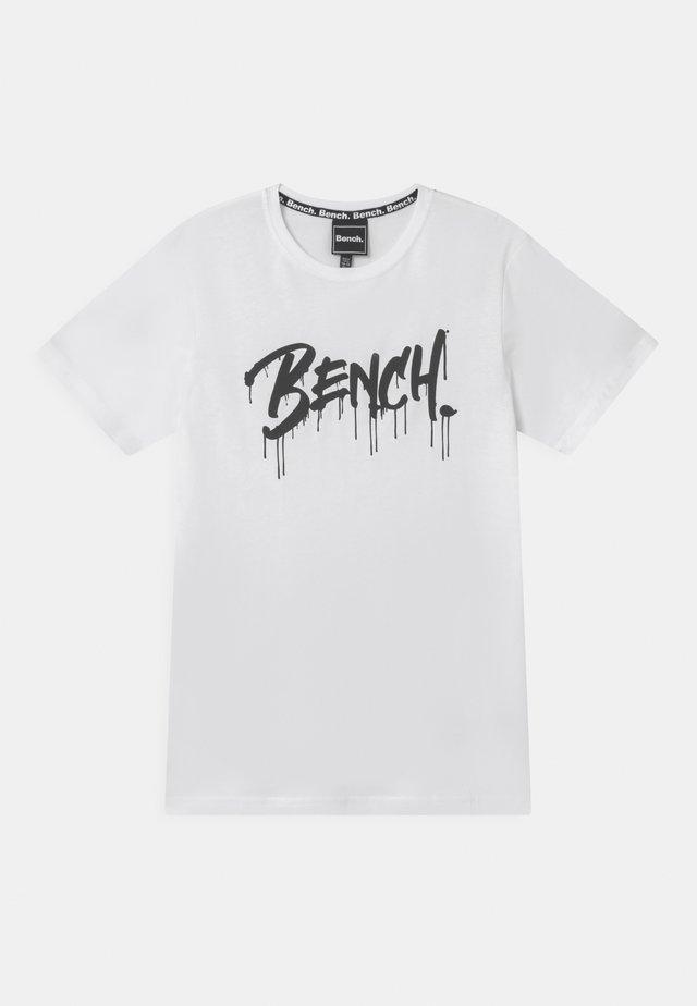 SANDSEND - T-shirt imprimé - white