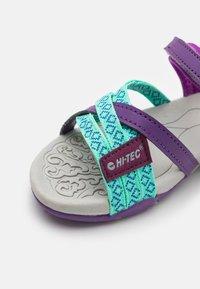 Hi-Tec - SAVANNA UNISEX - Chodecké sandály - purple - 5