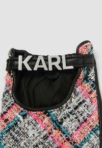 KARL LAGERFELD - STUDIO - Mittens - a568 pink multi - 2