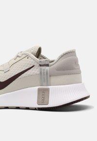 Nike Sportswear - NIKE REPOSTO - Sneakers - bone/mahogany/college grey/purple - 6