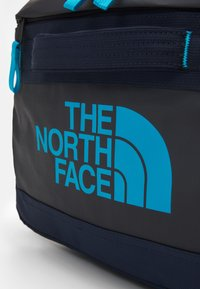 The North Face - BASE CAMP VOYAGER DUFFEL UNISEX - Zaino - aviator navy/meridianblue - 5