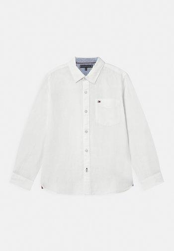 ESSENTIAL - Košile - white