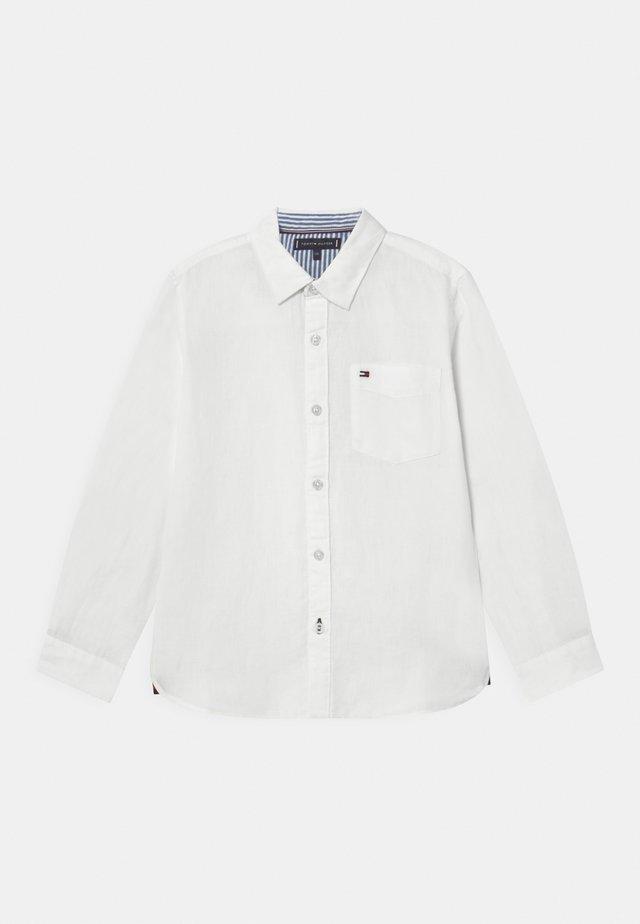 ESSENTIAL - Camicia - white