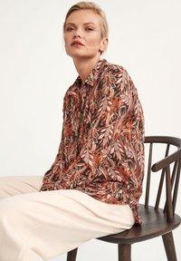 comma - LONG - Button-down blouse - black paisley - 5