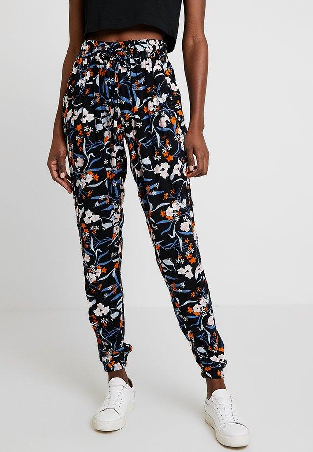 KAPAOLIN PANTS - Trousers - midnight marine