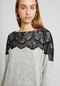 Vero Moda - VMBLIMA BOATNECK DRESS - Jumper dress - light grey melange/black - 4