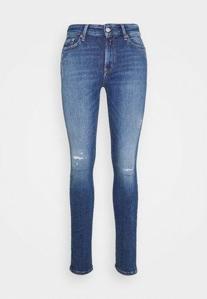 LUZIEN PANTS BROKEN EDGE - Jeans Skinny Fit - medium blue