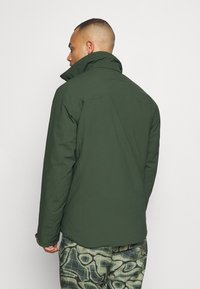 J.LINDEBERG - TRUULISKI - Lyžařská bunda - thyme green - 3
