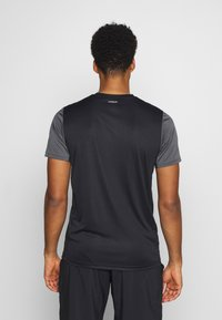 adidas Performance - CLUB TEE - T-shirt med print - black/grey/white - 2