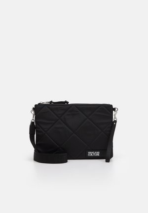 LARGE POUCH PADDED LOGO - Clutch - nero