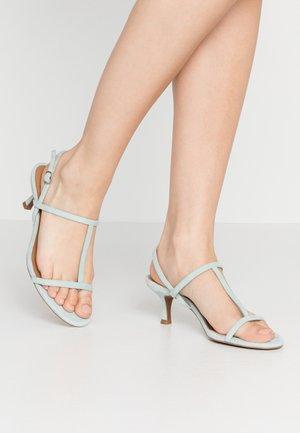 ROMI - Sandály s odděleným palcem - bleached aqua