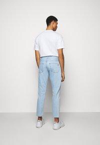 Études - SPACE UNISEX - Straight leg jeans - stone - 2