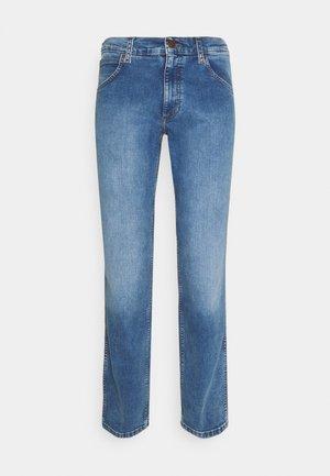 GREENSBORO - Jeans straight leg - more blues