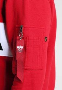Alpha Industries - NASA INLAY  - Sweatshirt - speed red - 4