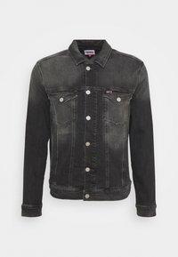 Tommy Jeans - REGULAR TRUCKER JACKET - Denim jacket - denim medium - 0