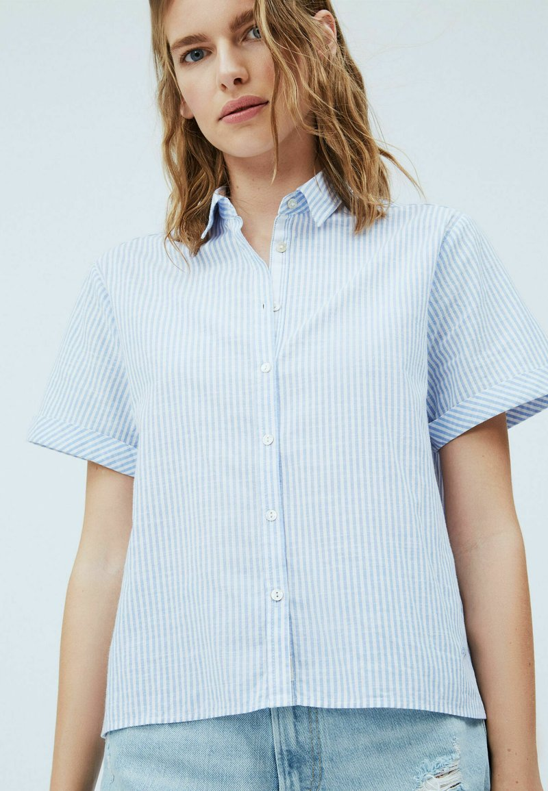 Pepe Jeans - Button-down blouse - light blue