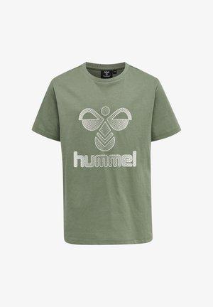 HMLPROUD - Print T-shirt - sea spray