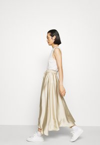 ARKET - MAXI SKIRT - A-lijn rok - beige dusty light - 3