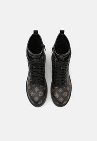 Guess - OXANA - Bottines à lacets - brown/ocra - 5