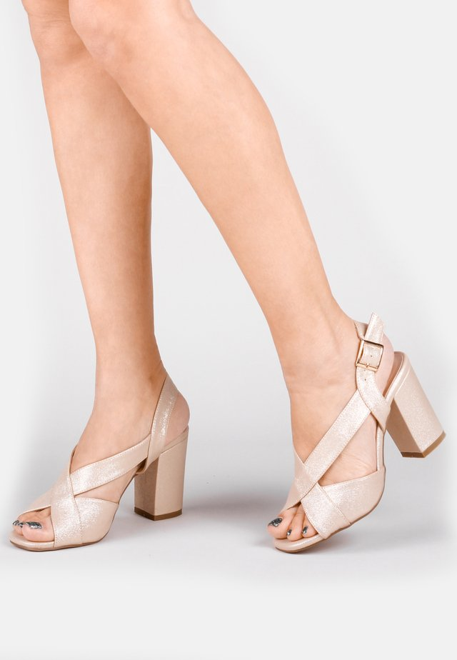 HIBISCUS - WIDE FIT - Sandals - off-white