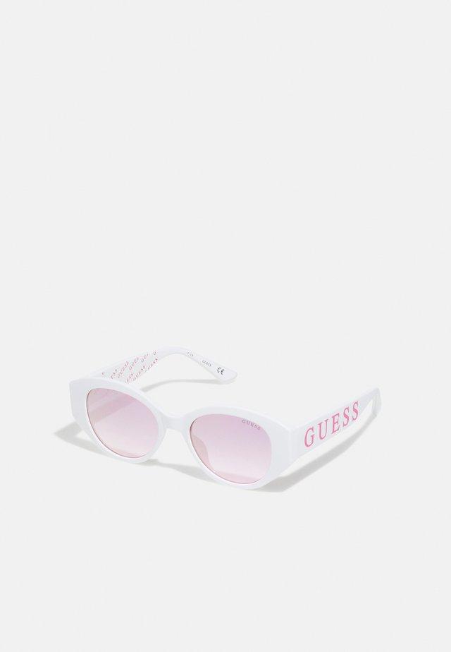 KIDS EYEWEAR UNISEX - Sluneční brýle - white