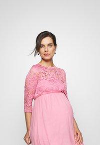 MAMALICIOUS - Vestido de cóctel - cashmere rose - 4