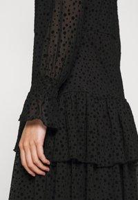 ONLY - ONLSANNA DRESS - Cocktail dress / Party dress - black - 6