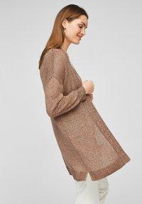 s.Oliver BLACK LABEL - Gilet - spring rose knit - 3