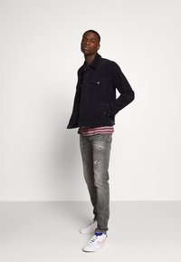 Replay - ANBASS AGED - Jeans Skinny Fit - medium grey - 1