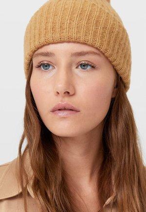 Čepice - light brown