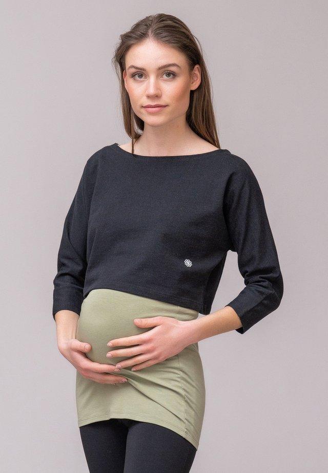 Sweater - black grey
