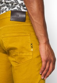 Scotch & Soda - DYED COLOURS - Jeans slim fit - tobacco - 3