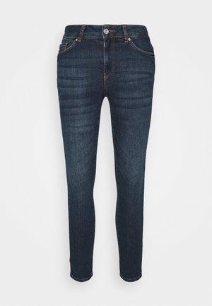 VMSEVEN  - Jeans slim fit - dark blue denim