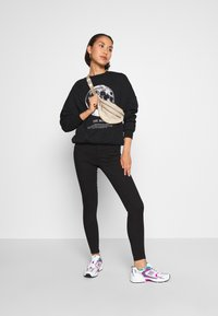Even&Odd - Printed Oversized Sweatshirt - Sweatshirt - black - 1