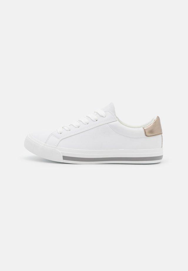 Sneakers laag - gunmetal