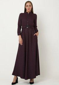 Madam-T - ALLTAGS EVELINA - Maxi dress - lila - 0