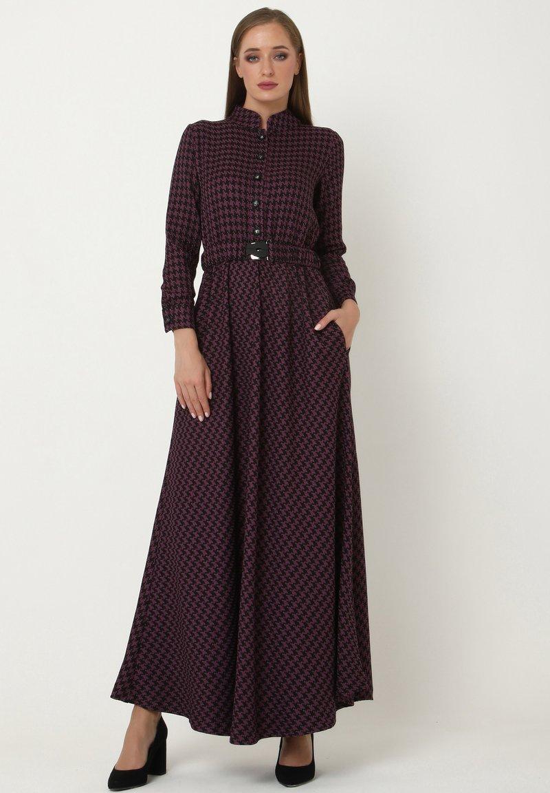 Madam-T - ALLTAGS EVELINA - Maxi dress - lila