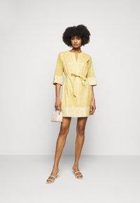 Marella - AVORIO - Day dress - giallo - 1