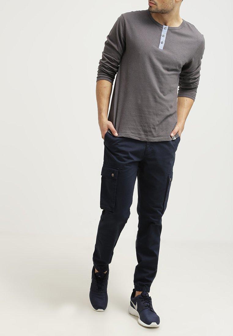 Pier One - Cargo trousers - dark blue