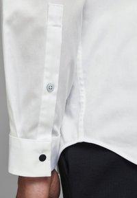 Jack & Jones PREMIUM - Formal shirt - white - 5