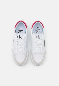Calvin Klein Jeans - CUPSOLE LACEUP - Baskets basses - bright white - 5