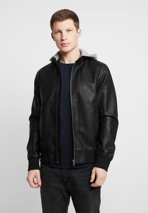 HOODED FAKE LEATHER JACKET - Faux leather jacket - black