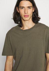 AllSaints - MUSICA CREW - Basic T-shirt - parlour green - 4