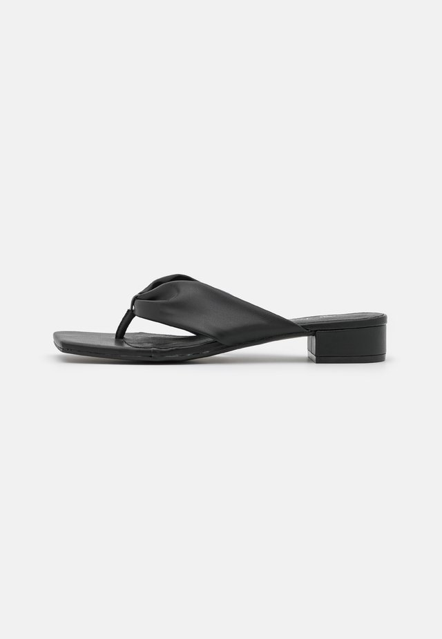 VEGAN EMSY  - Tongs - black