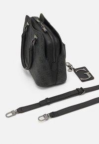 Guess - MIKA SMALL GIRLFRIEND SATCHEL - Handbag - coal - 3