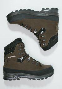 Lowa - TIBET GTX WXL - Mountain shoes - sepia/schwarz - 1