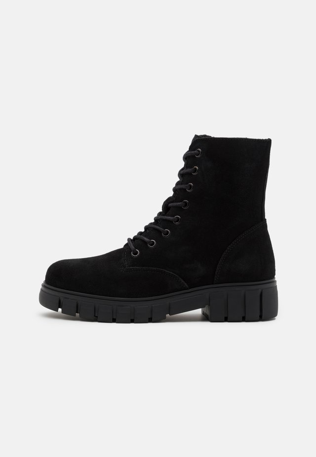 VMEA BOOT - Bottines à lacets - black